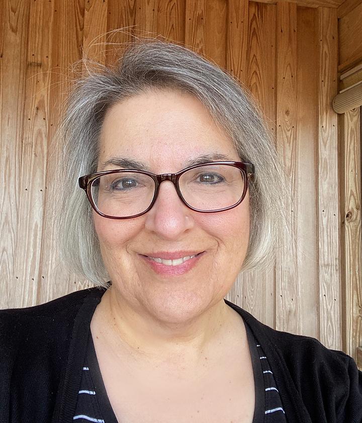 Leslie Noyes - Author Bio Photo